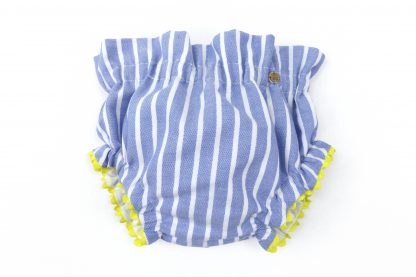Vista frontal culotte estampado rayas vertical tonos azul. Modelo Nautic.
