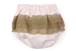 Vista trasera culotte rosa liso con puntillas camel traseras. Modelo Rose.