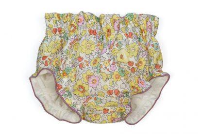 Vista frontal culotte liberty amarillo, rosa y verde.