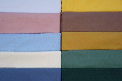 Imagen de plumeti en diez colores diferentes.