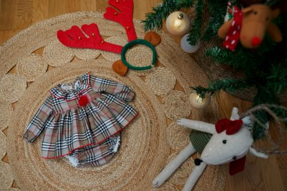 Exposición navideña jesusito tartan Charlotte bebe